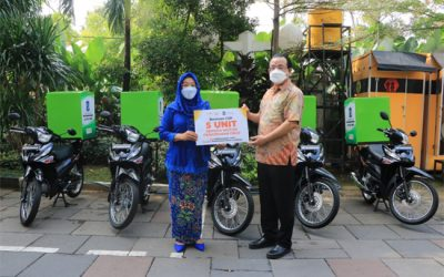 Penerimaan Hibah Sepeda Motor Delivery oleh MPM Honda Jatim